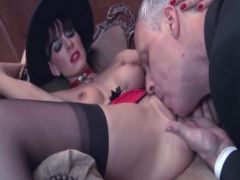 Sexy black-haired milf likes to fuck