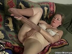 Sexy grannies tear their pantyhoses apart for masturbation