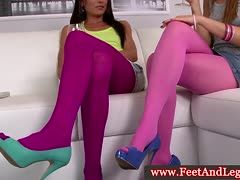 Pantyhose peeper gets free sight on hot nylons