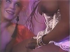 Black 80ies tranny bangs a white couple