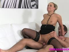 Fucking test! Milf tests a cock with a cock ride at a casting
